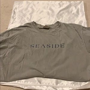 Green seaside shirt